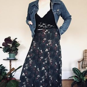 90s Floral Vintage high waisted button skirt
